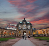 Palacio de Zwinger (Der Dresdner Zwinger) en Dresden, Alemania Fotos de archivo
