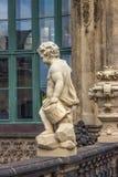 Palacio de Zwinger en Dresden, Alemania Escultura y arquitectura detalles Fotografía de archivo libre de regalías