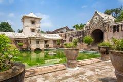 Palacio del agua de la sari de Taman de Yogyakarta, isla de Java, Indonesia foto de archivo libre de regalías