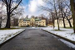 palacio del Barroco-clasicista de la familia de Mieroszewski fotografía de archivo libre de regalías