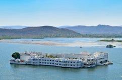 Palacio del lago city, Udaipur, Rajasthán, la India Fotos de archivo