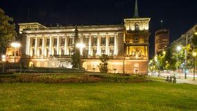 Palacio del Queens en la noche Imagen de archivo libre de regalías