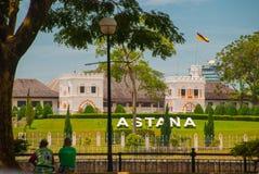 Palacio del ` s de Astaná, o del gobernador, situado en Kuching en la provincia de Sarawak, la isla de Borneo y el país de Malasi fotografía de archivo libre de regalías