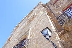 Palacio del ` s de Revillagigedo abajo de hecho de piedra Foto de archivo