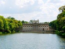 Palacio en la isla El Lazienki real Parque de Lazienki, Varsovia Fotografía de archivo libre de regalías
