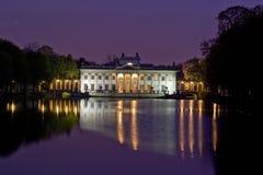 Palacio en la isla en el parque de Lazienki Imágenes de archivo libres de regalías