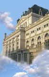 Palacio fantástico en cielo Imagen de archivo