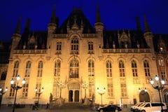 Palacio histórico en la Brujas, Bélgica Fotos de archivo