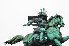 Palacio imperial de Tokio | Estatua del samurai de la señal en Japón el 31 de marzo de 2017 Imágenes de archivo libres de regalías