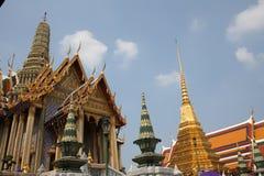 Palacio magnífico Bangkok de los tejados Imágenes de archivo libres de regalías