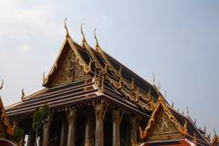 Palacio magnífico Bangkok de los tejados Foto de archivo