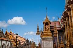 Palacio magnífico en Bangkok, Tailandia Foto de archivo