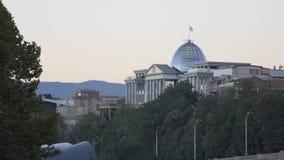 Palacio presidencial de Georgia en Tbilisi almacen de metraje de vídeo