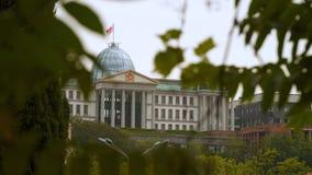 Palacio presidencial - la residencia oficial del presidente de Georgia almacen de metraje de vídeo