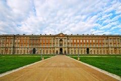 Palacio real de Caserta en Italia Foto de archivo