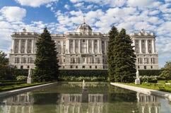 Palacio real en Madrid, España Fotos de archivo libres de regalías
