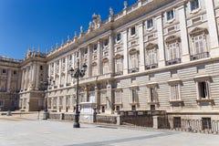 Palacio verklig fasad i Madrid, Spanien Arkivbild
