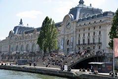 Palacio viejo en París imagenes de archivo