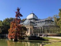 Palacioen de Cristal 'exponeringsglasslott ', royaltyfria foton