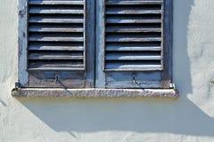 Palacios grises Italia del castellanza de la ventana Foto de archivo