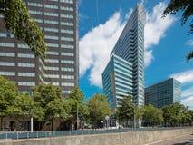 Palacios modernos en Rotterdam Imágenes de archivo libres de regalías