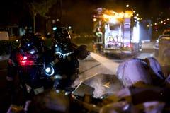 Palacz praca w noc ogieniu madrid Spain zdjęcia royalty free