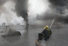 palacz walcząca pożarnicza drużyna Obrazy Royalty Free