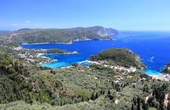 Palaiokastritsa sull'isola di Corfù Mare ionico, Grecia fotografie stock libere da diritti
