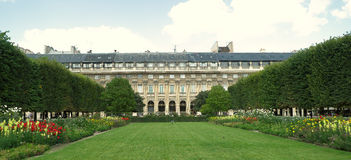 palais皇家的巴黎 免版税库存图片