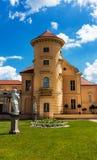 Palais allemand Rheinsberg sur le Grienericksee, l'emplacement pittoresque, la nature, l'architecture et l'art photographie stock