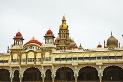 Palais antique de Mysore Photographie stock libre de droits