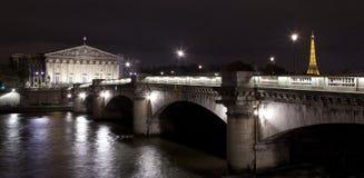 Palais Bourbon De Los angeles Concorde w Paryż i Pont. zdjęcie royalty free