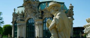 Palais célèbre de Zwinger à Dresde photographie stock libre de droits