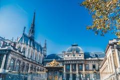 Palais de Правосудие de Париж стоковая фотография rf