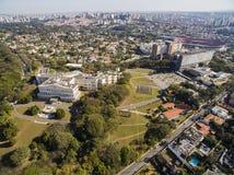 Palais de Bandeirantes, gouvernement de l'état de Sao Paulo, dans le voisinage de Morumbi, le Brésil image stock