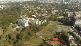 Palais de Bandeirantes, gouvernement de l'état de Sao Paulo dans le voisinage de Morumbi, Brésil banque de vidéos