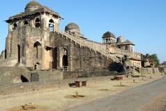 Palais de bateau de Jahaz Mahal chez Mandu Image stock