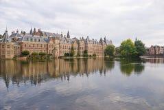 Palais de Binnenhof dans le repaire Haag photographie stock