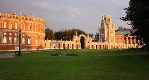 Palais de brique à la lumière du soleil Photo stock