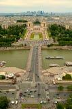 Palais de Chaillot och Jardins du Trocadero Royaltyfri Foto