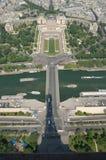 Palais de Chaillot y d'lèna de Pont Foto de archivo
