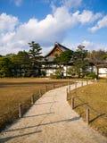 Palais de Honmaru dans le château de Nijo, Kyoto, Japon Photographie stock libre de droits