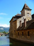 Palais de Isle,  Annecy ( France ). View of the Thiou Canal and the Palais de l´Isle, in Annecy (France Stock Photo