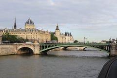 Palais de Justice και το Conciergerie Στοκ φωτογραφίες με δικαίωμα ελεύθερης χρήσης