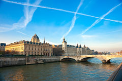 Palais DE Justice, Ile DE La Cite, Parijs - Frankrijk Stock Afbeeldingen