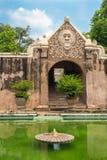 Palais de l'eau de Taman Sari de Yogyakarta sur Java, Indonésie Photos stock