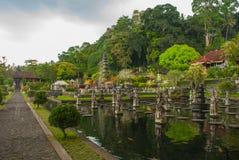 Palais de l'eau de Tirta Gangga dans Bali est, Karangasem, Indonésie Photographie stock libre de droits