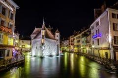 Palais de l'Isle en Annecy, Francia Foto de archivo libre de regalías