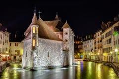 Palais de l'Isle i Annecy, Frankrike Royaltyfria Bilder