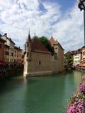 Palais De L ` wyspa w Annecy po przywrócenia, Francja zdjęcie royalty free